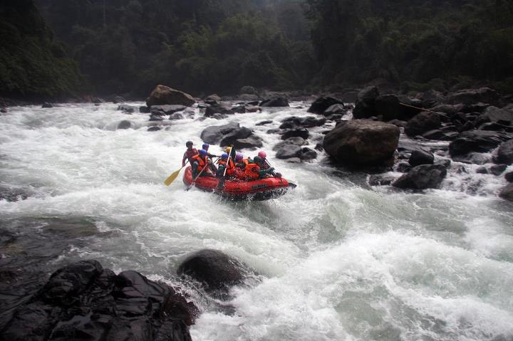 1409122652_Rafting-in-Myanmar-at-Putao-Region